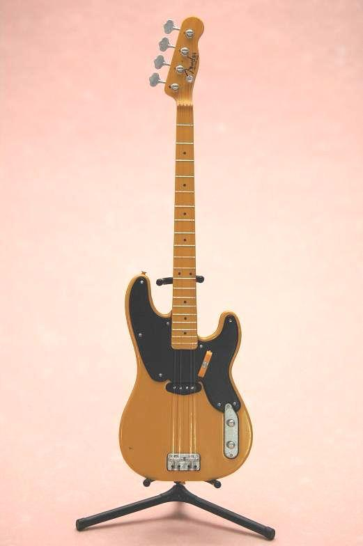 FENDER GUITER COLLECTION2 PRECISION BASS