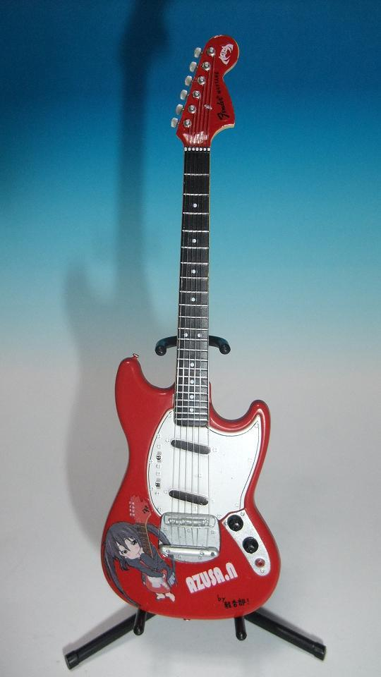 F-toys FENDER GUITAR COLECTION2 ムスタング改あずにゃん仕様!