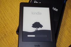 Kindle Paperwhite今日届きました