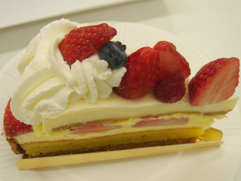 BUZZSEARCHのケーキ