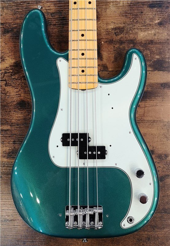 Fender Custom Shop '59 Precision Bass, British Racing Green, NOS.jpg