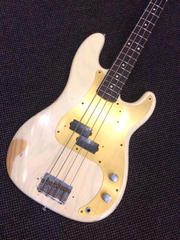 Fender Custom Shop 59 P-Bass Trans White