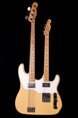Dennis Galuszka氏製造のDouble Neck Telecaster / Bass