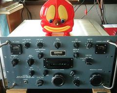 Micky`s TOON TOWN Radio and Collins R390A