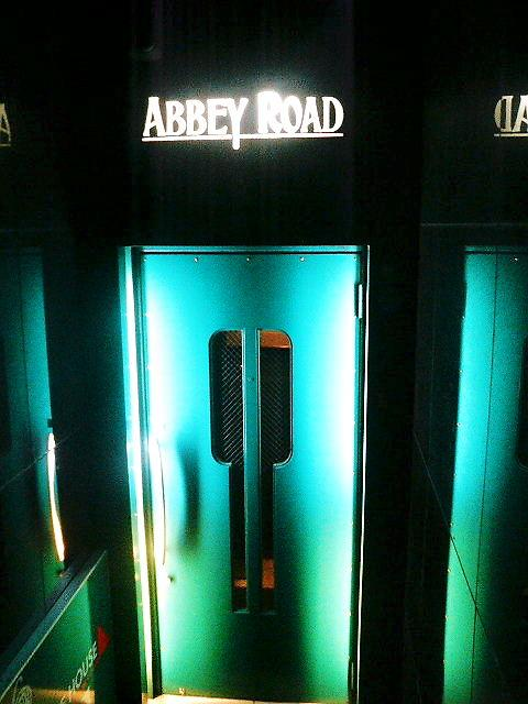 六本木 「ABBEY ROAD」