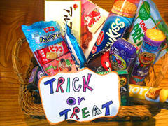 TRICK  or  TREAT  !!!!!!