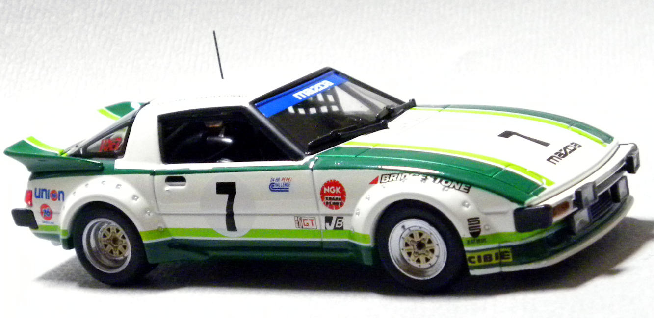 MAZDA SAVANNA RX-7 SA22C RACING no.7