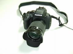 Finepix HS50 EXRで月を撮ってみた/超解像ズームの効果