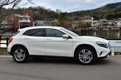 Mercedes-Benz ベンツ GLA  Dimensions & Equipment編