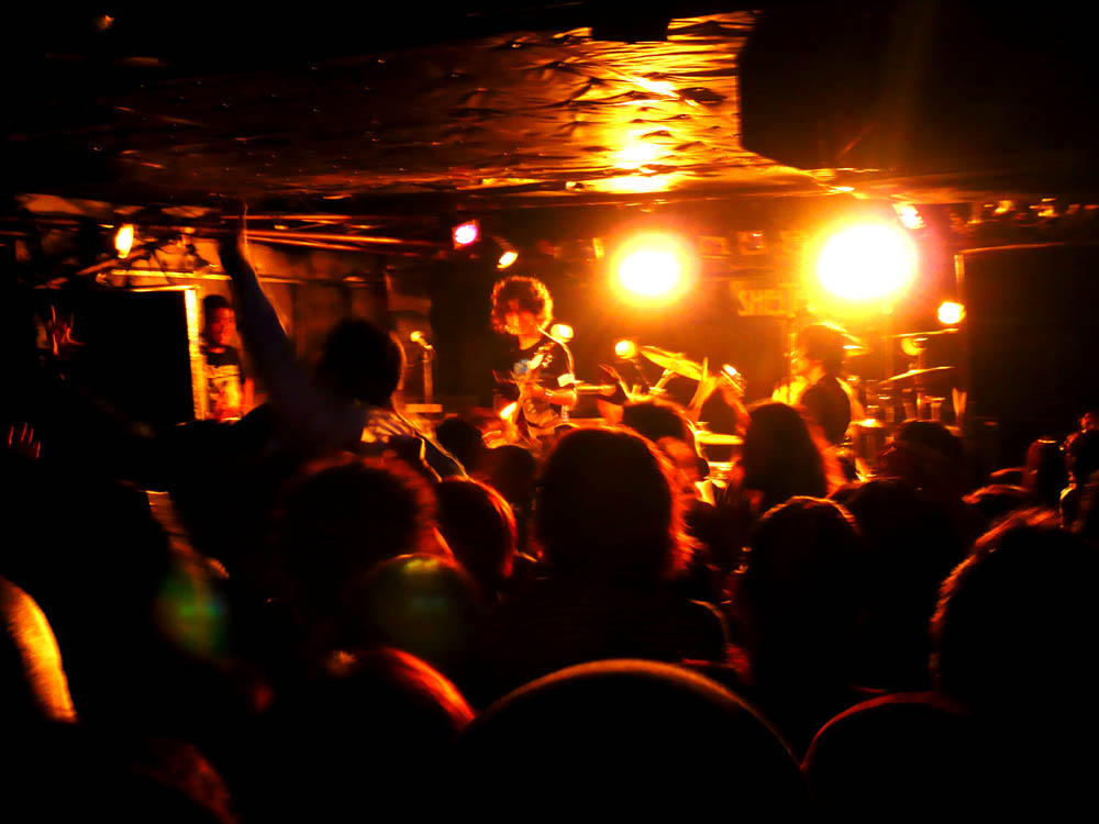 Electric Eel Shock ライブ