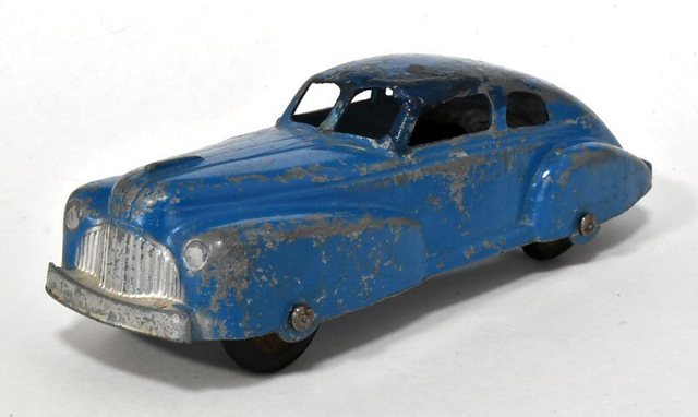 1947 Buick Special Fastback-2.jpg