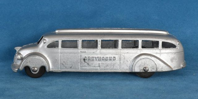 P49 Jumbo Torpedo Cross Country Bus-1.jpg