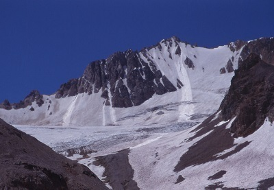 Piloto Glacier with avalanch pathes.jpg