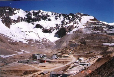 Andes Mine (Chile, Dec. 1984).jpg