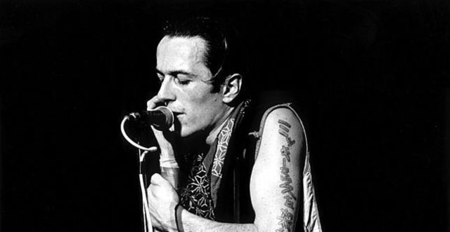 joe-strummer-the-future-is-unwritten.jpg