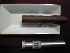 3x3 Bundled Tubo Cigars by Davidoff
