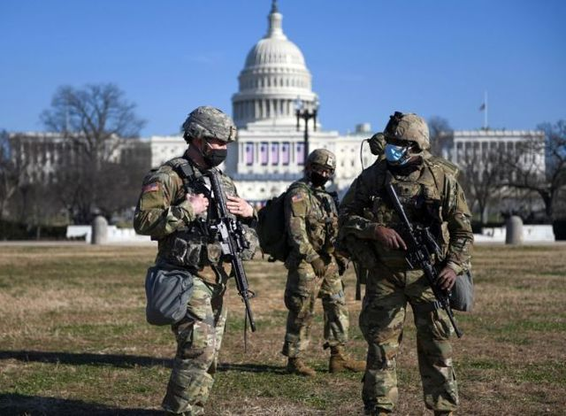 14us-national-guards.jpg