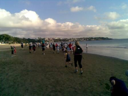 ニュージーランド Shore to Shore Fun Run