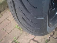 MICHELIN PILOT ROAD 4、皮剥き完了