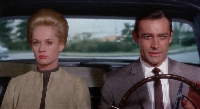 Tippi_Hedren_and_Sean_Connery_in__Marnie__(1964)_(b).png