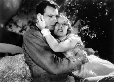 375px-Gary_Cooper-Helen_Hayes_in_A_Farewell_to_Arms.jpg