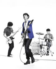 Live tour 『PLACE 2012』をスタートさせたSound Schedule登場です!
