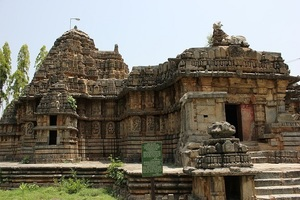 Someshvara Temple Haranhalli.jpg