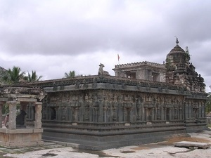 Someshvara temple.jpg