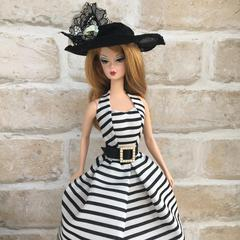 Bordered dress black lace hat
