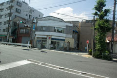 Church in the city 横浜市街地の教会