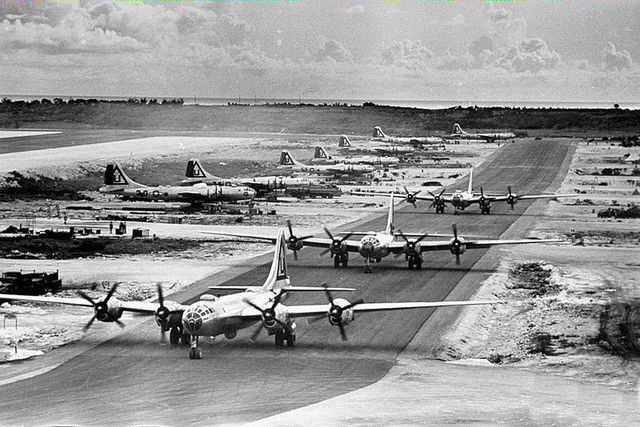 1A13-B-29s_of_the_462d_Bomb_Group_West_Field_Tinian.jpg