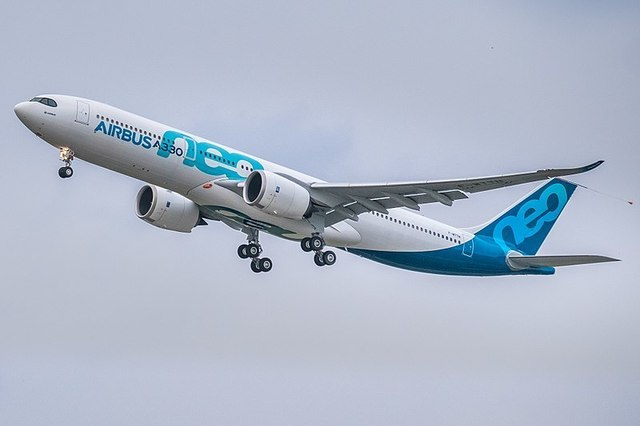 1-1-7A_A330neo_first_take-off_(cropped).jpg