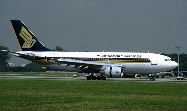 1-1-8A A310-324,_Singapore_Airlines_A.jpg