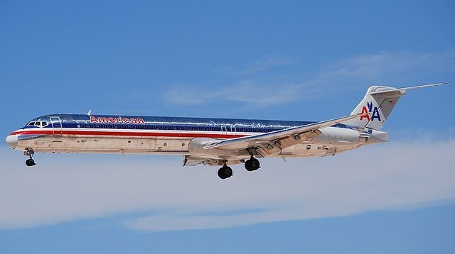 1-1-10A MD-83-American_Airlines.jpg