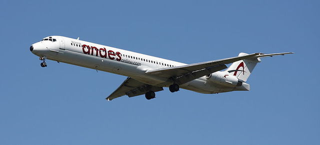 1-1-10A MD-83-Andes LV-BTH.jpg