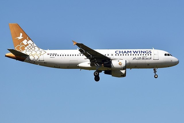 1-1-25A-Cham_Wings_Airlines,_YK-BAA_A320-212.jpg