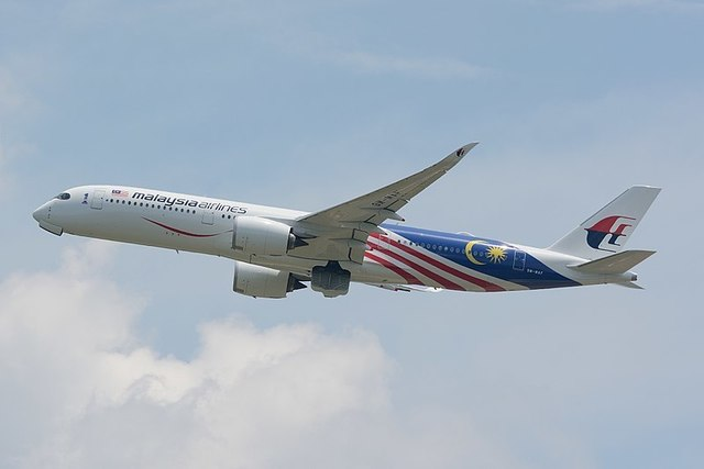 1-1-26A-Malaysia_Airlines A350-900_9M-MAF.jpg