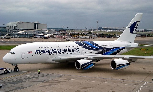 1-1-26A-Malaysia_Airlines_A380-841_(9M-MNA).jpg