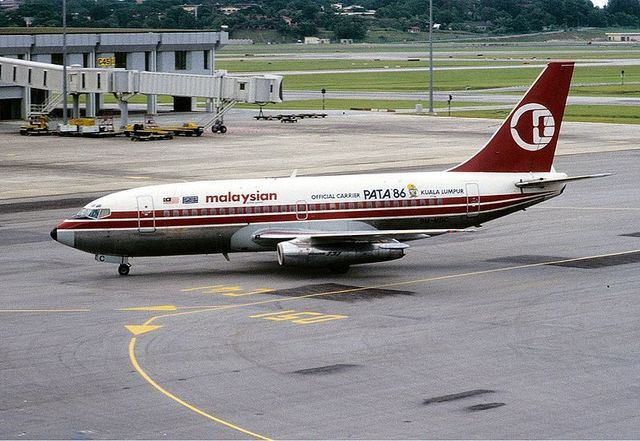 1-1-26A-Malaysian_Airline_System_B737-200.jpg
